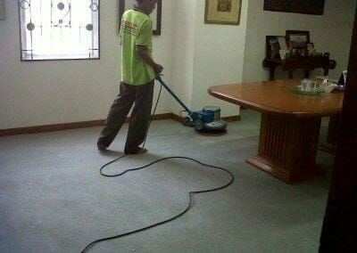 cuci-karpet-kantor-pt-biru-and-sons-02