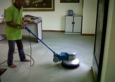 cuci-karpet-kantor-pt-biru-and-sons-04