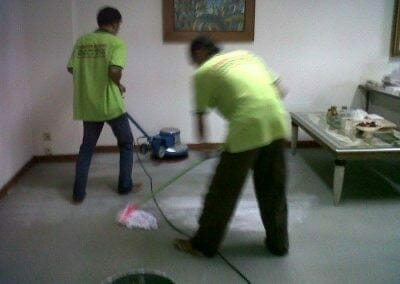 cuci-karpet-kantor-pt-biru-and-sons-05