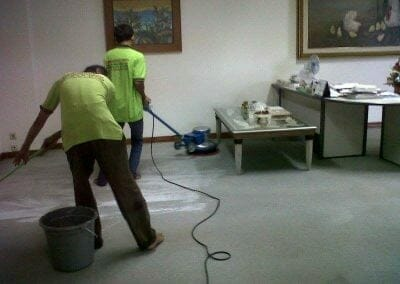 cuci-karpet-kantor-pt-biru-and-sons-06