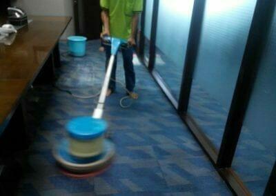 cuci-karpet-kantor-pt-rubik-dna-capital-05