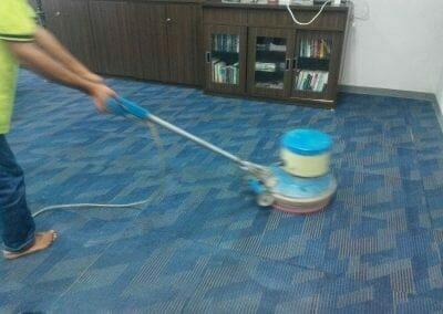 cuci-karpet-kantor-pt-rubik-dna-capital-12