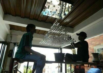 cuci-lampu-kristal-ibu-erlin-25