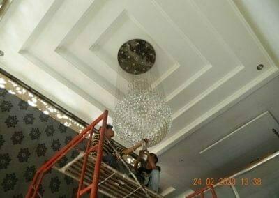 cuci-lampu-kristal-ibu-erlin-33