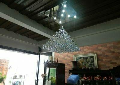 cuci-lampu-kristal-ibu-erlin-46