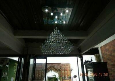 cuci-lampu-kristal-ibu-erlin-47