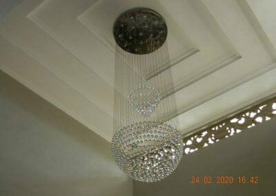 cuci-lampu-kristal-ibu-erlin-53
