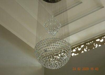 cuci-lampu-kristal-ibu-erlin-55