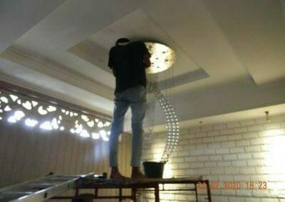 cuci-lampu-kristal-ibu-erlin-57