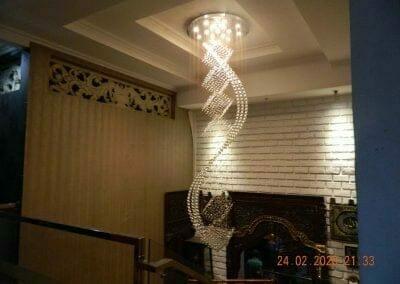cuci-lampu-kristal-ibu-erlin-63
