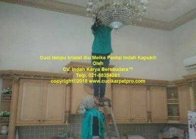 cuci-lampu-kristal-ibu-meike-23