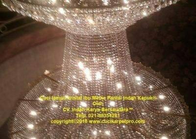 cuci-lampu-kristal-ibu-meike-32