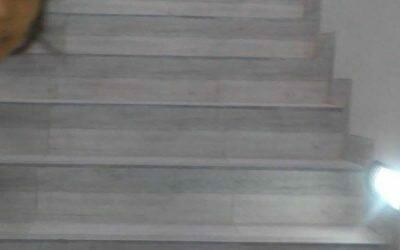 Cuci lantai ibu Lubis di Pesanggrahan Bintaro | poles marmer