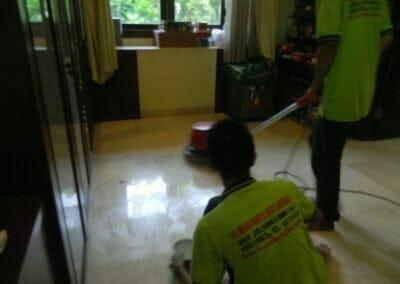 cuci-lantai-marmer-ibu-shinta-25