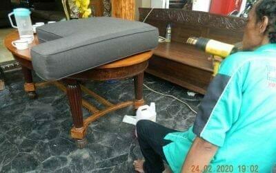 Cuci sofa ibu Erlin di Jati Cempaka Pondok Gede Bekasi