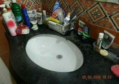 cuci-kamar-mandi-pembersih-kamar-mandi-06