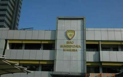 Cuci kanopi parkir Biro Sumber Daya Manusia Polda Metro Jaya