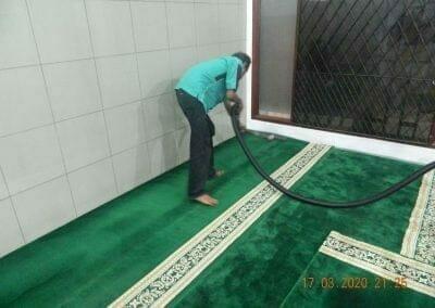 cuci-karpet-dan-penyemprotan-disinfektan-09