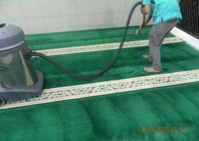 cuci-karpet-dan-penyemprotan-disinfektan-13