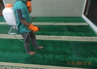 cuci-karpet-dan-penyemprotan-disinfektan-14