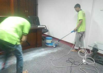 cuci-karpet-kantor-pt-margabumi-matraraya-04