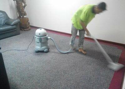 cuci-karpet-kantor-pt-margabumi-matraraya-14