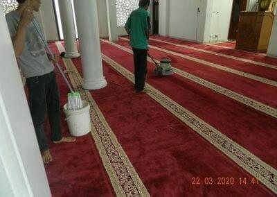 cuci-karpet-masjid-nurul-iman-23