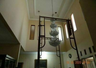 cuci-lampu-kristal-di-mutiara-sanggraha-06