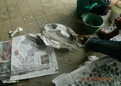 cuci-lampu-kristal-haji-sabilan-17