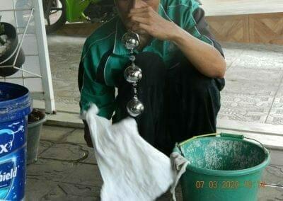cuci-lampu-kristal-haji-sabilan-80