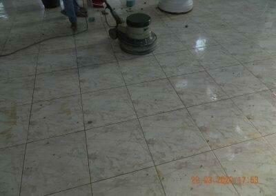 cuci-lantai-masjid-nurul-iman-13