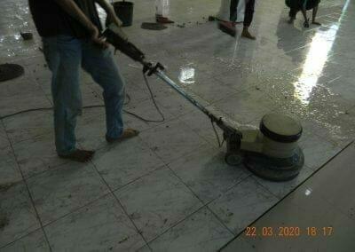 cuci-lantai-masjid-nurul-iman-16
