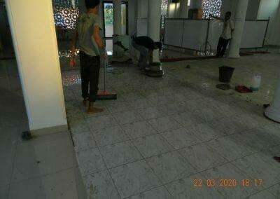 cuci-lantai-masjid-nurul-iman-18