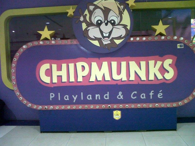 Cuci Sofa Chipmunks Playland and Cafe | jasa cuci sofa