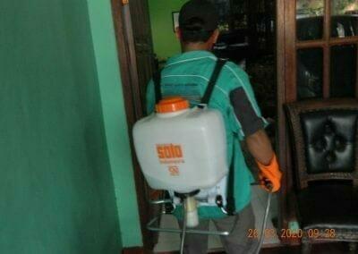 penyemprotan-disinfektan-rt01807rw04-19