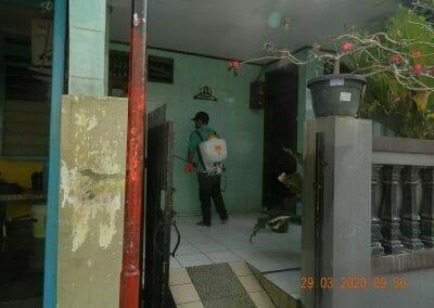 penyemprotan-disinfektan-rt091011rw10-08