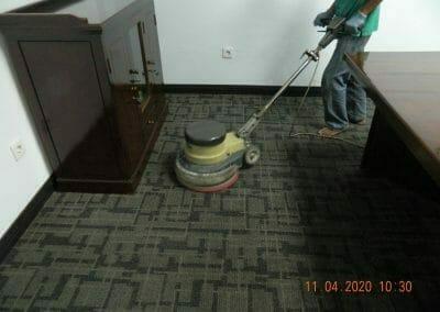 cuci-karpet-kantor-pt-schlemmer-automotive-16