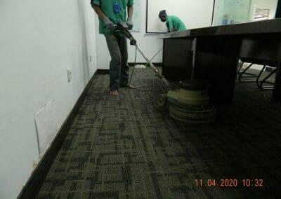 cuci-karpet-kantor-pt-schlemmer-automotive-20