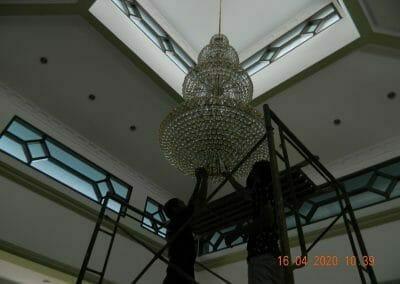 cuci-lampu-kristal-masjid-baiturrahman-07