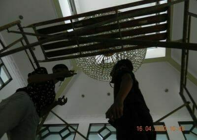 cuci-lampu-kristal-masjid-baiturrahman-08