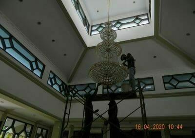 cuci-lampu-kristal-masjid-baiturrahman-11