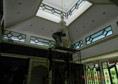 cuci-lampu-kristal-masjid-baiturrahman-16