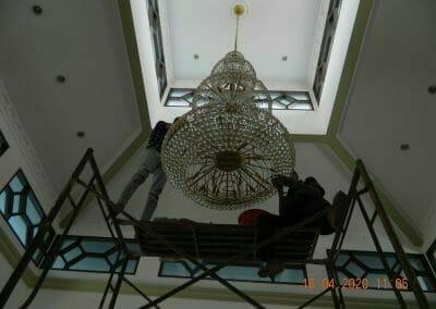 cuci-lampu-kristal-masjid-baiturrahman-18