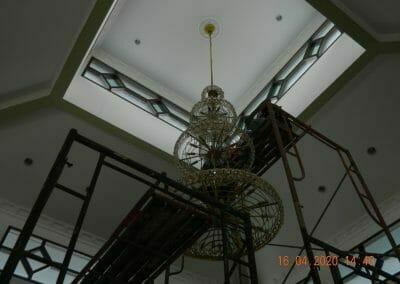 cuci-lampu-kristal-masjid-baiturrahman-34