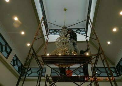 cuci-lampu-kristal-masjid-baiturrahman-42