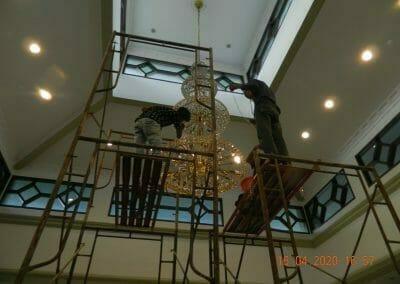 cuci-lampu-kristal-masjid-baiturrahman-43