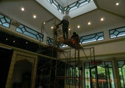 cuci-lampu-kristal-masjid-baiturrahman-45