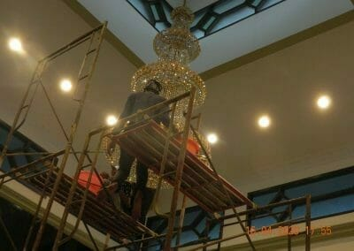 cuci-lampu-kristal-masjid-baiturrahman-47