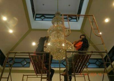 cuci-lampu-kristal-masjid-baiturrahman-50