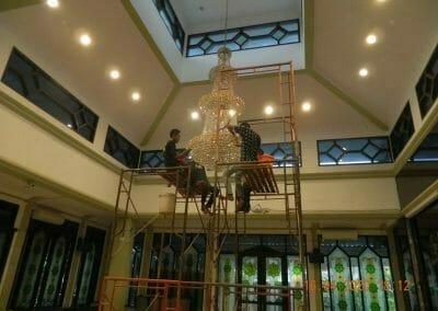 cuci-lampu-kristal-masjid-baiturrahman-53